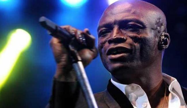 O cantor se apresentará no dia 20 de setembro - Foto: Reprodução