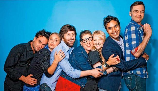 Comédia retrata o cotidiano de um grupo de 'nerds' cientistas - Foto: Divulgação | CBS