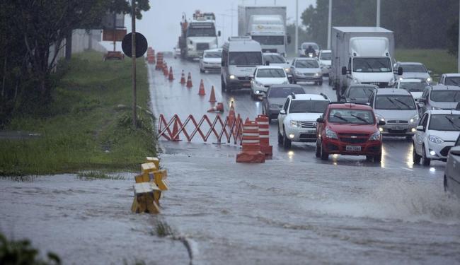 Lagoa já havia transbordado nesta quinta-feira, 21 - Foto: Joá Souza | Ag. A TARDE
