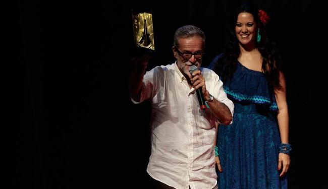 Produção do instrumentista e compositor Tuzé de Abreu levou o troféu de Melhor Show - Foto: Mila Cordeiro | Ag. A TARDE