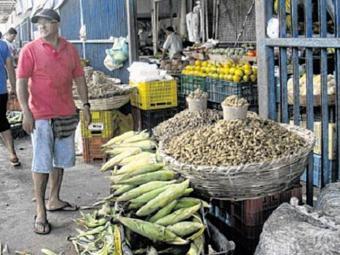 Em São Joaquim, freguesia encontra tudo que precisa para a ceia junina - Foto: Raul Aguilar | Ag. A TARDE