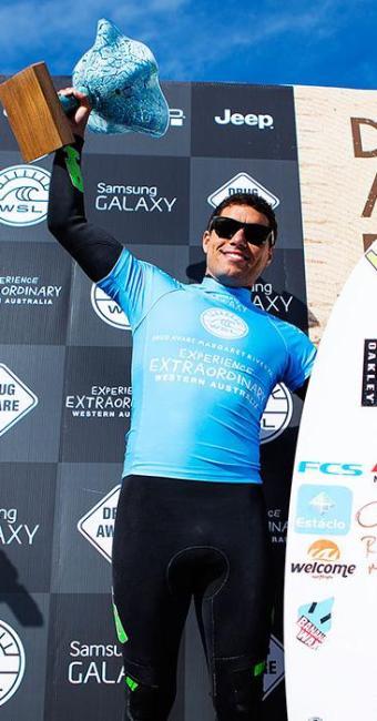 Adriano 'Mineirinho' de Souza (líder do Circuito Mundial de Surfe) - Foto: Kirstin Scholtz   WSL   Divulgação