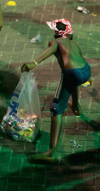Pobreza e falta de políticas públicas estimulam uma prática de difícil erradicação - Foto: Joá Souza l Ag. A TARDE l 16.02.2015