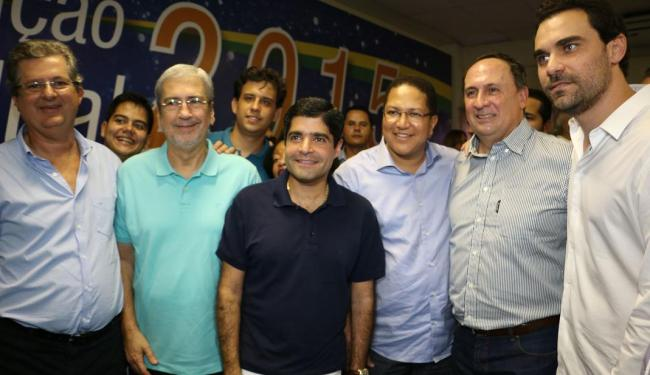 ACM Neto prestigiou a posse de João Gualberto (à direita) ao lado de aliados tucanos - Foto: Áureo Oliveira | Divulgação
