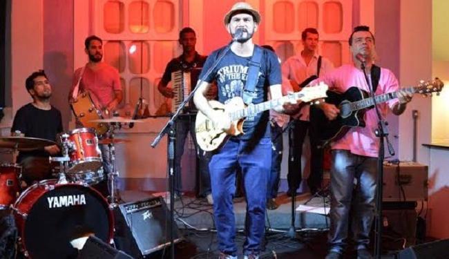 A banda Marana encerra a noite de sábado no Largo Quincas Berro D'Água - Foto: Divulgação