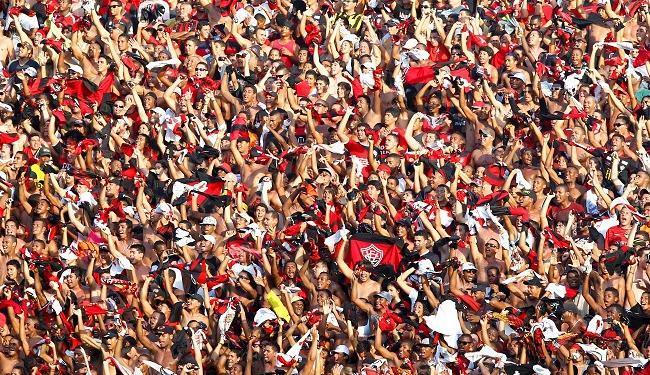A torcida do Vitória deve comparecer em bom número ao Barradão - Foto: Eduardo Martins | Ag. A Tarde
