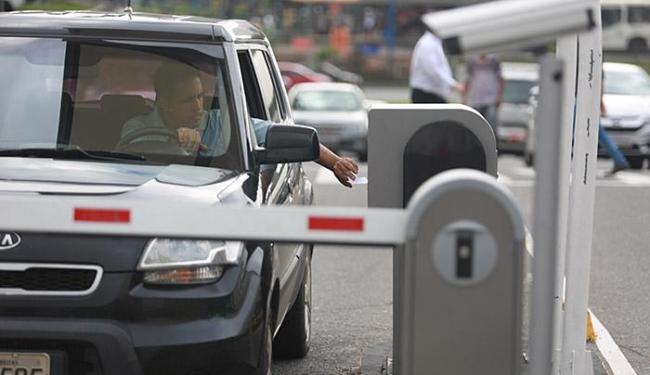Cobrança dos estacionamentos deverá começar ainda neste mês - Foto: Joá Souza   Ag. A TARDE