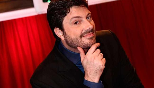 Danilo Gentili criticou os últimos trabalhos de Zeca Camargo na Globo - Foto: Roberto Nenamis | SBT