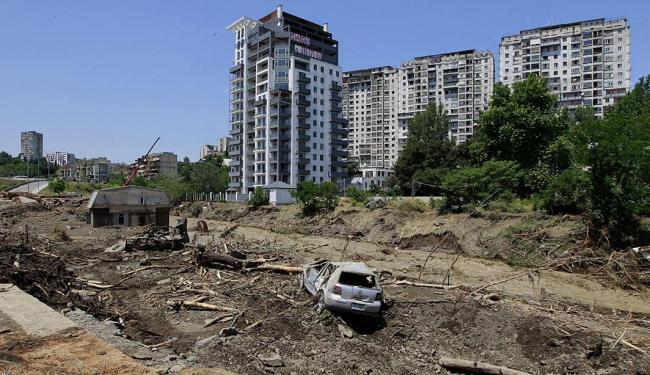 O cenário é de destruição - Foto: Shakh Aivazov | AP Photo