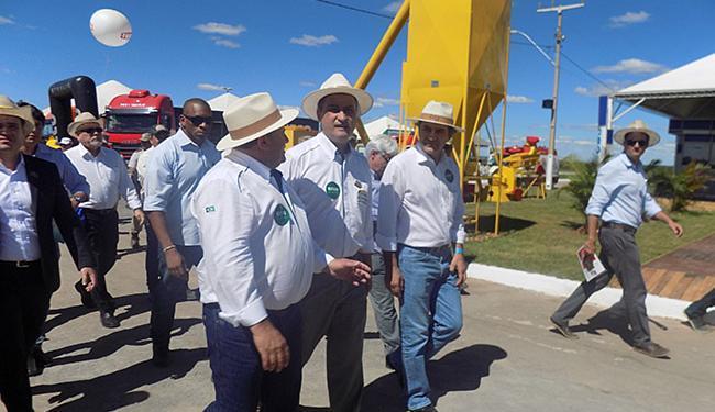 Governador Rui Costa e dirigentes da Aiba visitaram os estandes da Bahia Farm Show na terça - Foto: Miriam Hermes l Ag. A TARDE