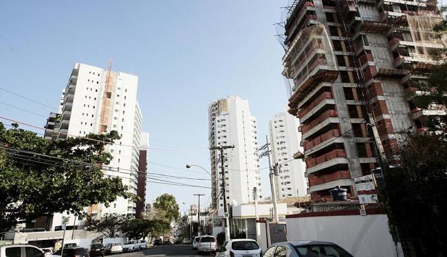 Os dados do BC revelam que o segmento responsável pela elevação foi o de imóveis - Foto: Mila Cordeiro   Ag. A TARDE   03.09.2014