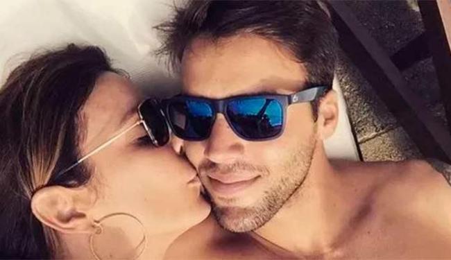 Ivete Sangalo postou foto com o marido em uma rede social - Foto: Reprodução