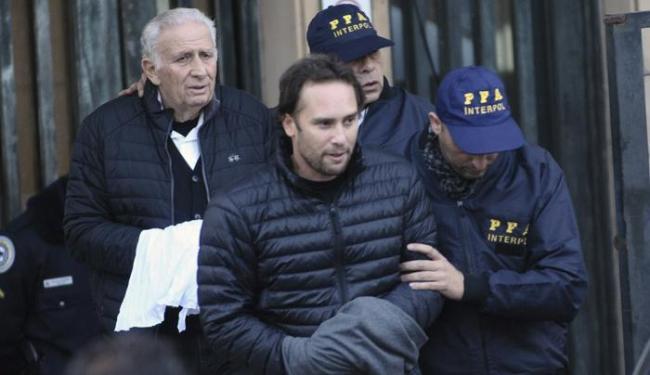 Os Jinkis são acusados nos Estados Unidos por subornos, lavagem de dinheiro e crime organizado. - Foto: Maxi Failla | AP Photo