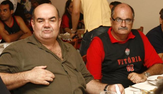 Jorge Sampaio(E), presidente do Leão na época, teria recebido adiantamentos considerados irregulares - Foto: Iracema Chequer   Ag. A TARDE