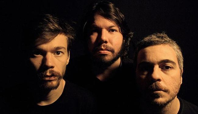 Rodrigo Damatti (baixo), Teago Oliveira e Felipe Dieder (bateria) formam a Maglore - Foto: Azevedo Lobo l Divulgação