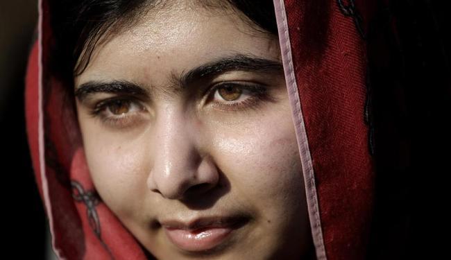 Em 2012, Malala foi baleada na cabeça por milicianos do Taleban enquanto voltava da escola - Foto: Mohammad Hannon | AP Photo | 18.02.2014