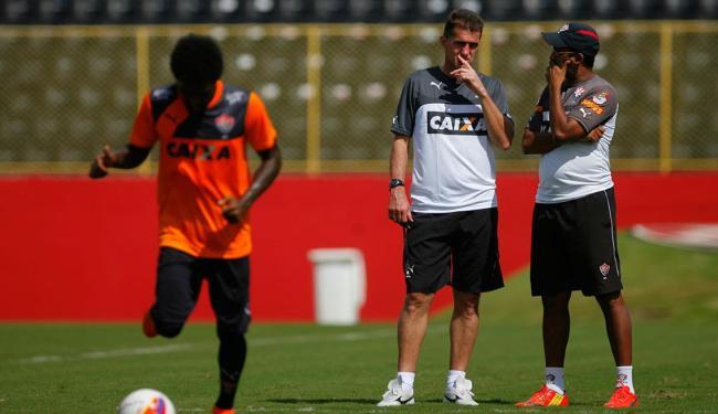 Mancini pretende dar continuidade ao trabalho de Wesley Carvalho, que colocou Vitória no G-4 - Foto: Joá Souza | Ag. A TARDE