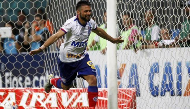 Maxi fez o gol que deu triunfo tricolor na Fonte Nova - Foto: Eduardo Martins | Ag. A TARDE