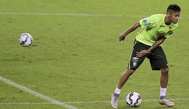 Neymar em treino no estádio Beira-Rio - Foto: Edison Vara   Ag. Reuters   09.06.2015