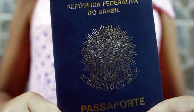 Consulados de Recife, Rio de Janeiro e São Paulo retomam entrevistas - Foto: Lunaé Parracho | Ag. A TARDE | 08.09.2011