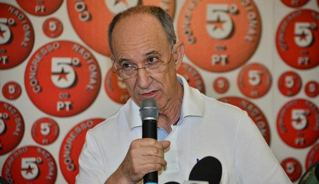 Rui Falcão diz que ajuste deve recair sobre ricos - Foto: Erik Salles | Ag. A TARDE