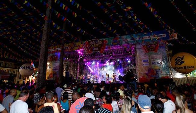 Segundo a Bahiatursa, 25 mil pessoas foram dançar forró no Pelourinho - Foto: Fernando Vivas | Ag. A TARDE