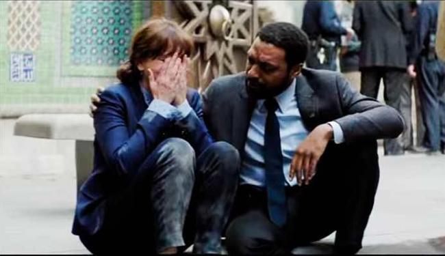 Chiwetel Ejiofor e Julia Roberts protagonizam o filme - Foto: Divulgação