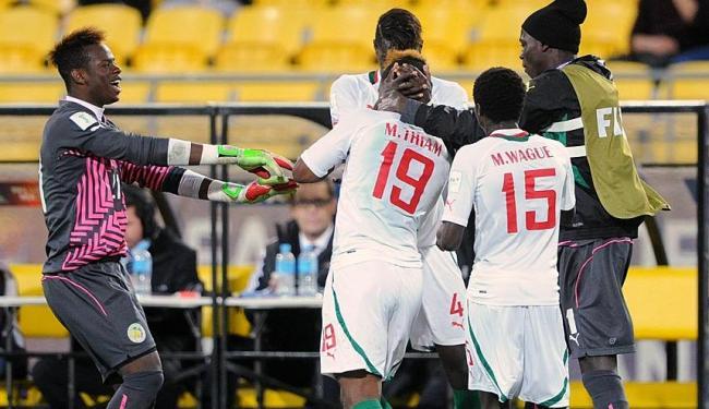 Jogadores senegaleses comemoram a vaga na semifinal - Foto: Ross Setford | AP Photo