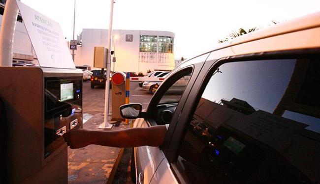 Neste domingo, clientes sinalizaram com a possibilidade de optar por comércio de bairros - Foto: Mila Cordeiro l Ag. A TARDE