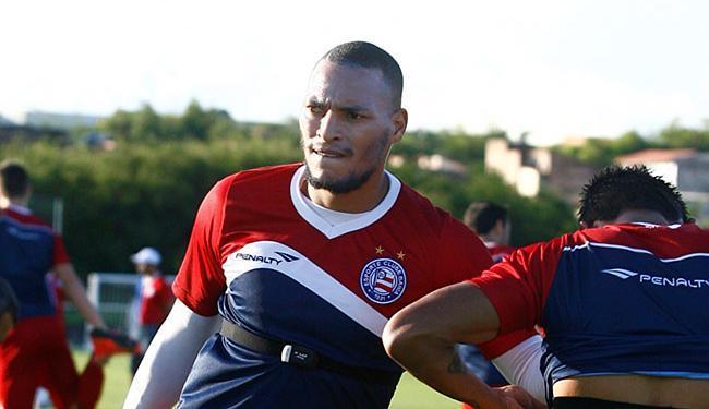 Após cumprir suspensão, Titi volta ao time contra o Luverdense, sábado - Foto: Adilton Venegeroles | Ag. A TARDE