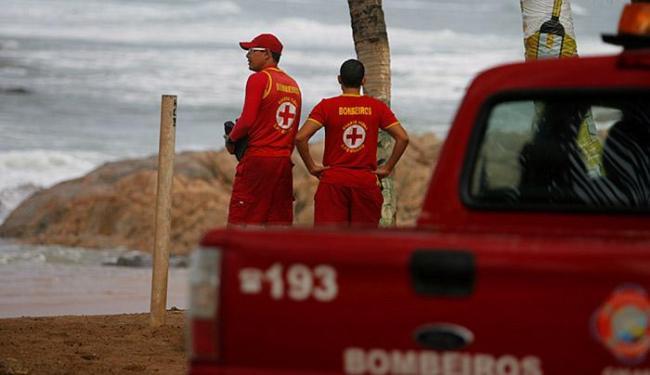 Equipe dos bombeiros realizou as buscas - Foto: Joá Souza   Ag. A TARDE
