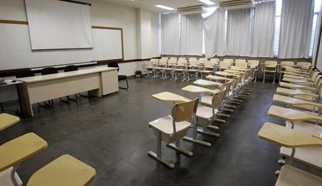 Salas da Ufba vão permanecer vazias com a manutenção da greve dos professores - Foto: Margarida Neide | Ag. A TARDE