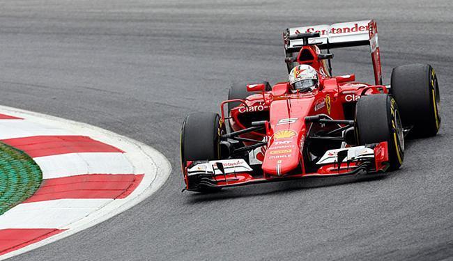 Na sua melhor volta, o piloto da Ferrari registrou o tempo de 1min09s600 - Foto: Darko Bandic l AP Photo