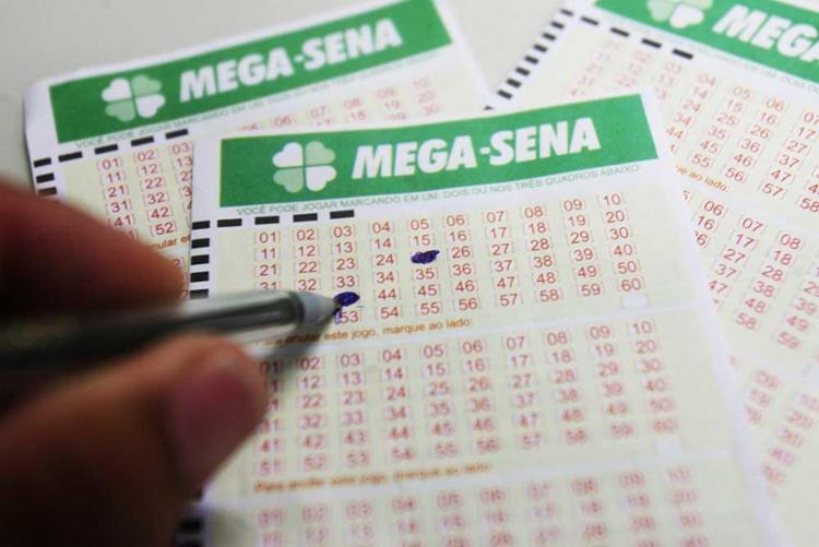 A Quina teve 27 apostas ganhadoras com R$ 41.286,89 - Foto: Arestides Baptista | Ag. A TARDE