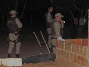 A vítima estava em casa quando foi atingido por pauladas e golpe de faca no peito - Foto: Reprodução: Blog Braga