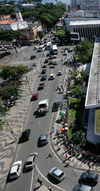 No centro da cidade, a Marcha para Jesus vai modificar o trânsito neste sábado - Foto: Fernando Vivas | Ag. A TARDE