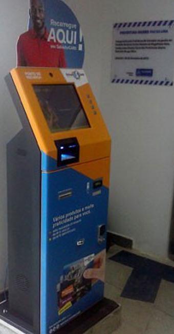 Máquina foi instalada na prefeitura-bairro de Pau da Lima. - Foto: Divulgação | Rose Figueredo/Ascom