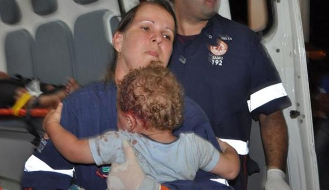 O bebê, juntamente com as outras vítimas, recebeu os primeiros socorros no local pela Samu - Foto: Reprodução    Itamaraju Notícias