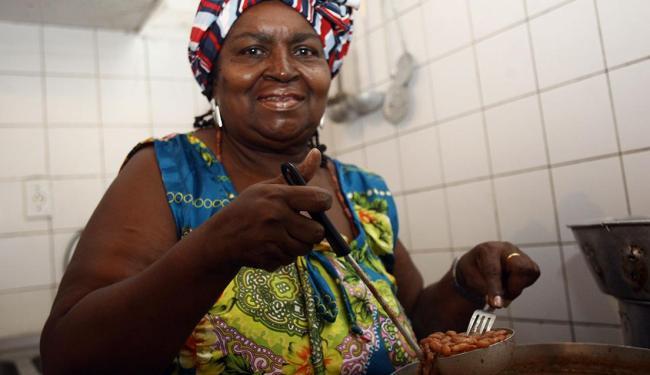 Restaurante leva o nome da proprietária - Foto: Mila Cordeiro   Ag. A TARDE   08.02.2011