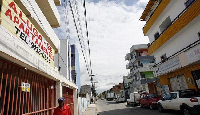 Antes mais disputados no Conjunto Feira VI, os aluguéis experimentam baixa - Foto: Luiz Tito l Ag. A TARDE