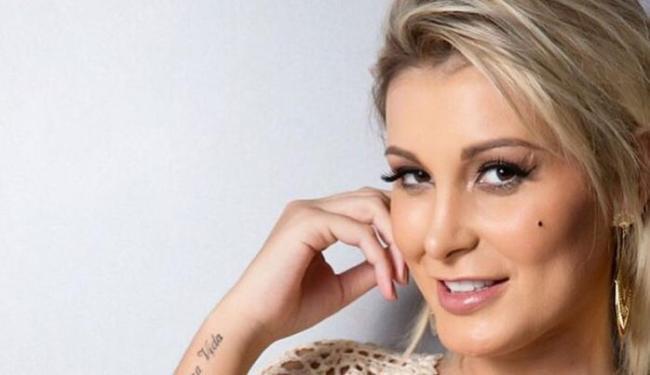 Andressa deixou a carreira de modelo e tenta atuar como repórter - Foto: Reprodução | Instagram | @andressaurachoficial