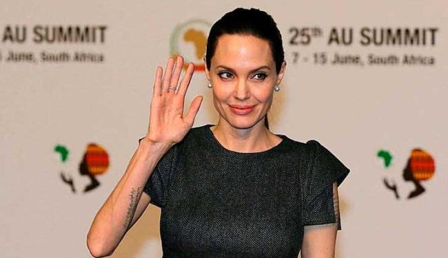 Angelina Jolie durante evento na África do Sul - Foto: Siphiwe Sibeko | Agência Reuters