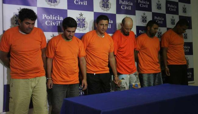 Delegado informou que o grupo saiu de São Paulo para roubar bancos na Bahia - Foto: Fernando Amorim | Ag. A TARDE