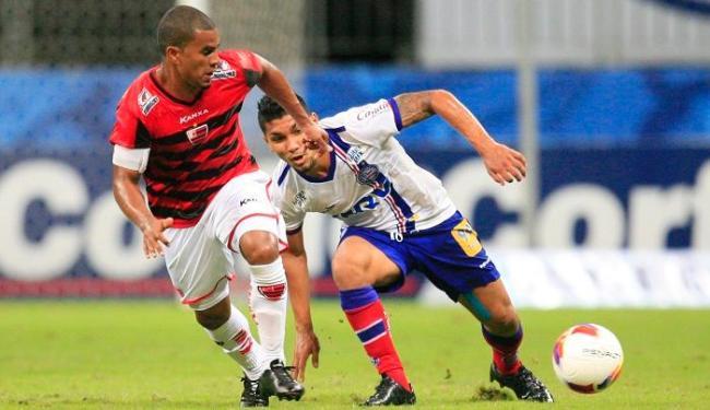 Forte na marcação, Yuri deu o passe para o gol no triunfo contra o Oeste, no último sábado, 11 - Foto: Lúcio Távora | Ag. A TARDE