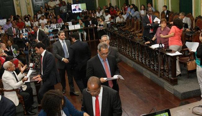 O acerto era só votar na quarta o que fosse consenso - Foto: Margarida Neide l AG. A TARDE l 29.07.2015