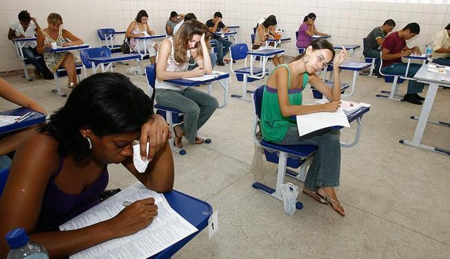 Lei que reserva 20% das vagas para candidatos negros já tem mais de um ano - Foto: Rejane Carneiro | Ag. A TARDE | 20.01.2008