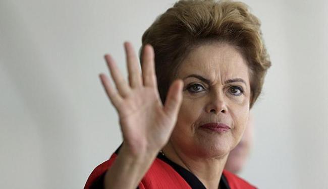 Dilma diz que aumento do benefício com base no PIB e na inflação impactaria no INSS - Foto: Ueslei Marcelino l Reuters