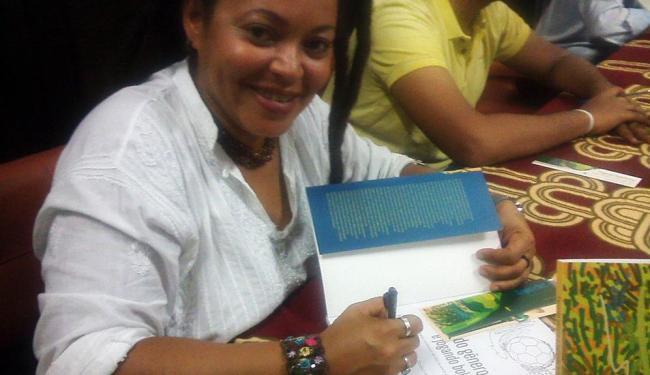 Enny Vieira Moraes, autora do livro
