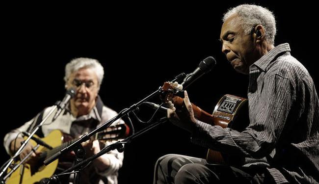 Gil e Caetano ignoraram os pedidos do Movimento BDS e realizaram o show da turnê em Tel Aviv - Foto: Ariel Schalit | AP
