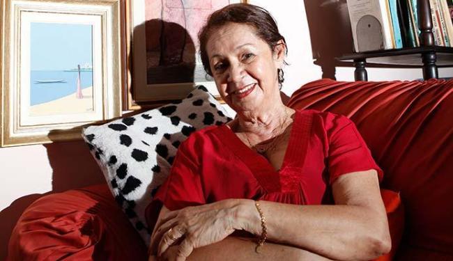 Gláucia Lemos vai falar sobre como começou a escrever contos - Foto: Marco Aurélio Martins   Ag. A TARDE